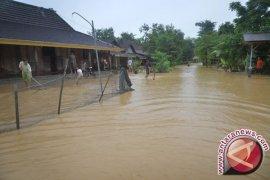 Tagana: Banjir di Gebang Cirebon Karena Rob