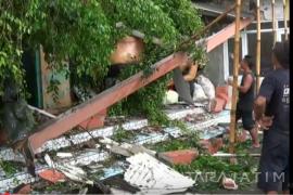 Rumah Warga di Blitar Rusak Diterjang Angin Kencang