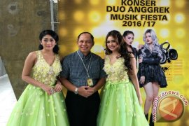 Duo Anggrek hibur TKI di Malaysia