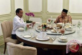 Foto - Presiden Jamu Makan Siang Said Aqil Siradj