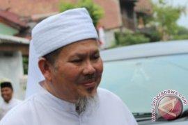 Jenazah Ustadz Tengku Zulkarnain dimakamkan di Pekanbaru