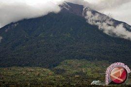 Pos Pengamatan: aktivitas  Gunung Kerinci normal