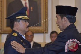 Presiden Jokowi Lantik Hadi Tjahjanto Sebagai KSAU