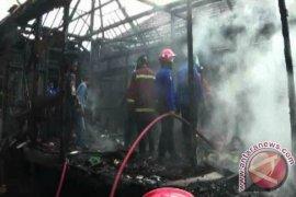 Tempat kerajinan batik di Jambi terbakar