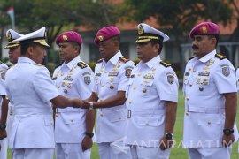 Komandan Kodiklatal Pimpin Sertijab Direktur Kobangdikal