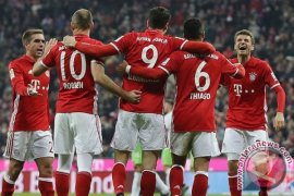 Hasil dan klasemen Bundesliga, Muenchen Jaga Jarak Aman