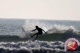 Tanjung Saruri Biak Destenasi Wisata Surfing