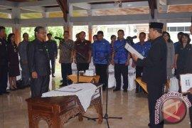 Plt Bupati Lantik Pejabat Struktural RSUD Buleleng