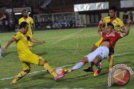 Bali Kalahkan Perseru 2-1 Di Tengah Krisis Stamina Pemain