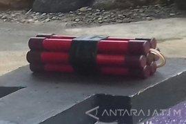 Polisi akan Teliti Serpihan Benda Diduga Bom
