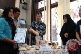 Pemprov Fasilitasi 70 Sertifikasi Halal Produk IKM