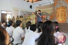 Wagub Bali Sidak SMAN 2 Denpasar