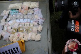 East Banjarmasin Police Uncovers Fake Ecstasy Manufacture