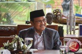 Habibie: Stabilitas Pluralisme Ada pada Pemerataan