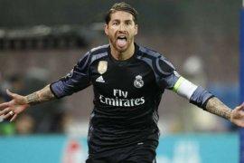 Hebat, Sergio Ramos mencetak golnya yang ke-100