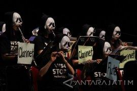 Konser Worldship Orchestra