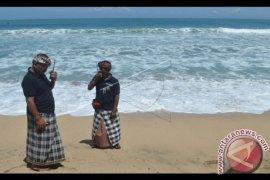 Wisatawan nikmati suasana Nyepi Bali di hotel