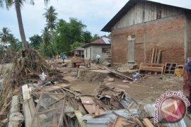 Ratusan Rumah Rusak Dampak Banjir