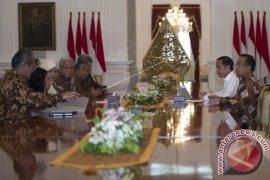 Presiden Jokowi Terima Panitia Seleksi Hakim MK