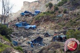 Puluhan Penambang Emas Ilegal di Manokwari Ditangkap