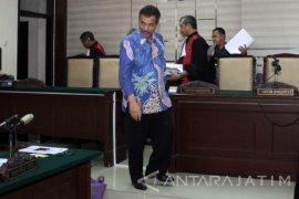 Wali Kota Madiun Nonaktif Didakwa Pasal Berlapis