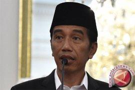 Presiden Jokowi Nikmati Perayaan Isra Mi'raj Bersama Santri