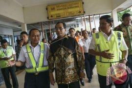 Menhub Tambah Jam Operasional Tiga Bandara