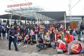 Polresta Bogor Lakukan Penyekatan Massa ke Jakarta