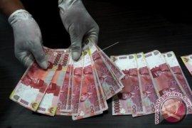 Uang mainan Rp1 miliar dijual Rp500 juta