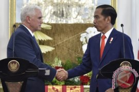 President Widodo Welcomes Arrival Of US Vice President