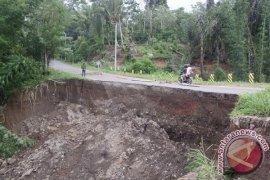 BPBD: Waspadai Gerakan Tanah Menengah-Tinggi Di Bengkulu