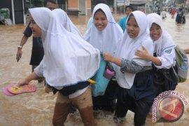 Disdik Samarinda Antisipasi Banjir Saat UNBK SMP