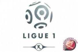 Corona, semua laga Ligue 1 dimainkan dalam stadion tertutup
