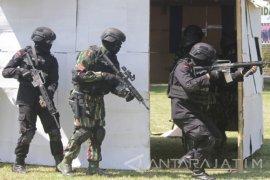 Latihan Gabungan Anti Teroris