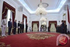 Presiden Jokowi Terima Surat Kepercayaan Lima Dubes LBBP