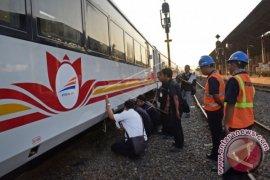 PT INKA kerjakan 438 kereta pesanan KAI