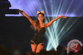 Ariana Grande Pulang ke AS Menyusul Pemboman Manchester