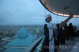 Usai Shalat Gerhana Bulan, Masjid Al-Akbar Siapkan Lokasi Swafoto