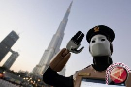 Dubai Kerahkan Polisi Robot