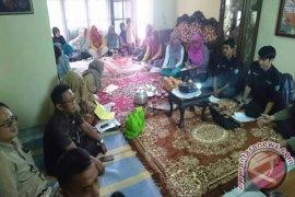 Mahasiswa IPB Ajari Warga Desa Bertanam Labu Madu