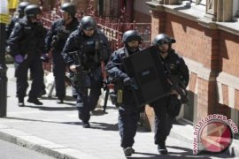 Polisi Inggris ledakkan mobil misterius dekat Kedubes AS
