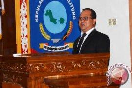 Gubernur Kepulauan Babel Erzaldi Rosman Salurkan 250 Ekor Sapi Potong