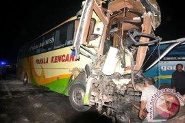 Belasan orang meninggal akibat kecelakaan beruntun