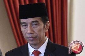 Presiden sampaikan pesan persaudaraan di Ponpes Darussalam