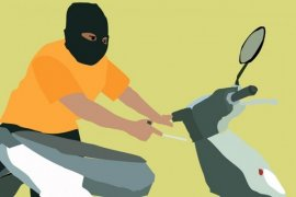 Pencuri motor jamaah masjid diamuk massa hingga  tewas