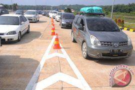Hampir 400.000 mobil pribadi per hari lintasi Tol Trans Jawa saat mudik Lebaran 2019
