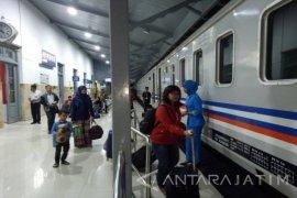 Stasiun Gubeng Dominasi Arus Balik Penumpang KA