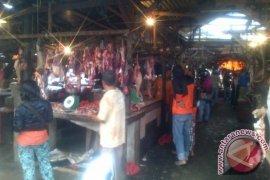 Harga Daging di Pangkalpinang H-1 Lebaran Rp160.000