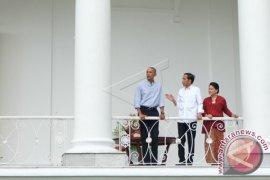 Teh Hangat Temani Perbincangan Jokowi dan Obama