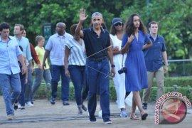 Presiden Jokowi Mengajak Barack Obama Menaiki Mobil 'Bogey'
